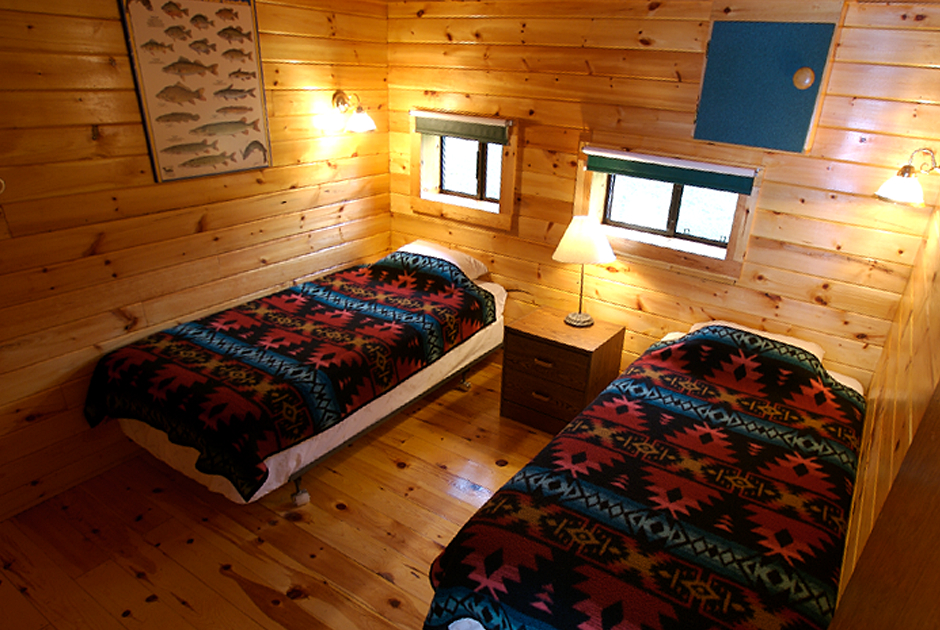 Marten River Lodge - Photography - Bedroom